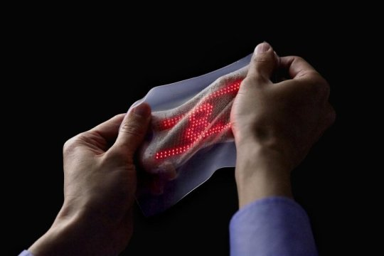Mechanical Info displayed by Ultra-Thin Artificial Skin